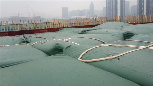 桥梁工程预压水袋.jpg